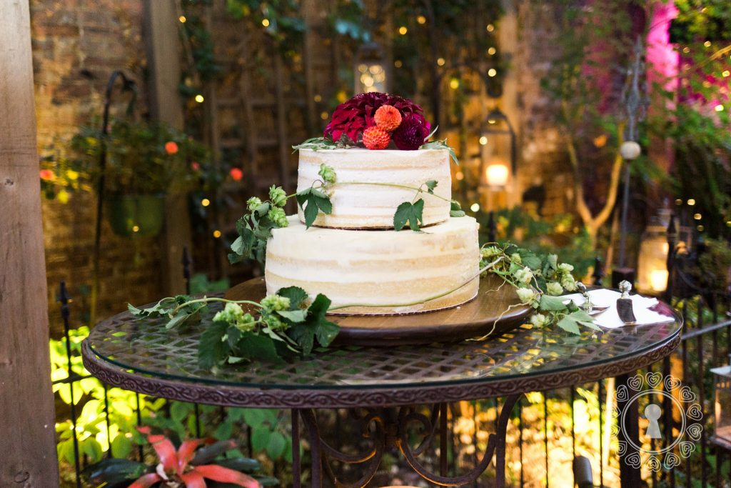 Morning-Glory-Inn-Intimate-Wedding-Reception-Cake